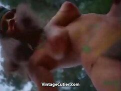 स्लिम गोरा दो स्टड के लंड अपने मुँह में लेती है सेक्सी मूवी फुल हड हिंदी मे और मुंडा चूत