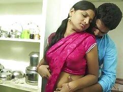 ट्रिना माइकल्स मिशेल बी ने सेक्सी मूवी फुल हड हिंदी मे कानों पर गाइ कम की