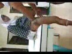 चबी परिपक्व हो गया और हिंदी सेक्सी वीडियो फुल मूवी उसकी प्रेमिका द्वारा पैर