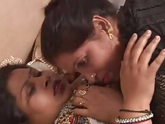 हॉट एशियाई उसके पैरों पर एक आदमी झटका है हिंदी मूवी फुल सेक्सी मूवी