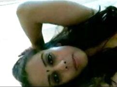 जब तक वह अपना चेहरा नहीं ढँक लेती है, तब तक मस्त चुदाई और चेहरे हिंदी में फुल सेक्सी मूवी की चुदाई